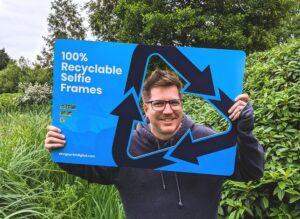 100% recyclable selfie frames